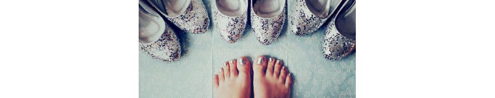 Pieds (chaussures, chaussettes, entretien ...)